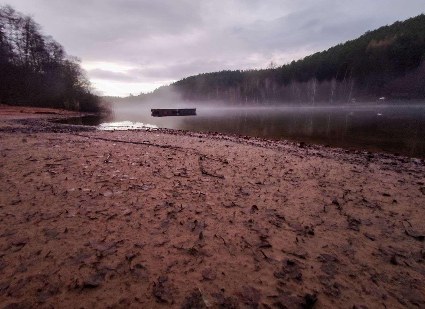 Erschreckende Dürre am Gelterswoog (Foto nicht von View)